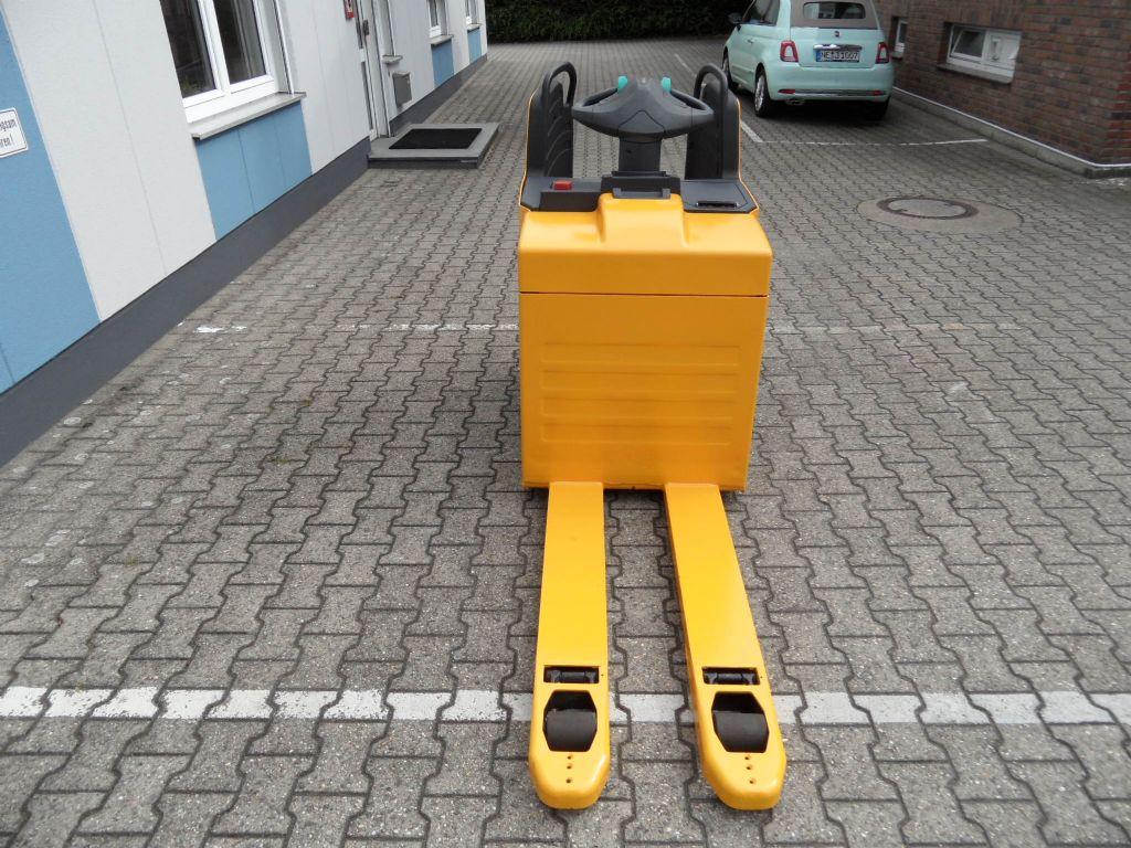 Jungheinrich-ERE 225 - 2016 - wenig Stunden - feste Plattform-Niederhubwagen-www.wilms-wiegers.de