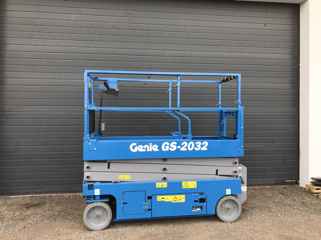 Genie GS-2032 Scherenarbeitsbühne www.wst-stapler.at