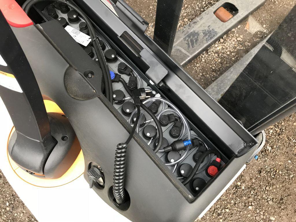 Crown WF 1.2 Hochhubwagen www.wst-stapler.at