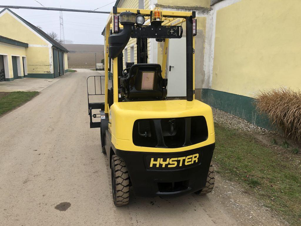 Hyster H 3.0XT Dieselstapler www.wst-stapler.at