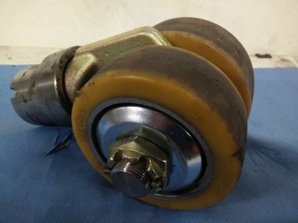 Still CS 30 Z Tyres www.wtrading.nl