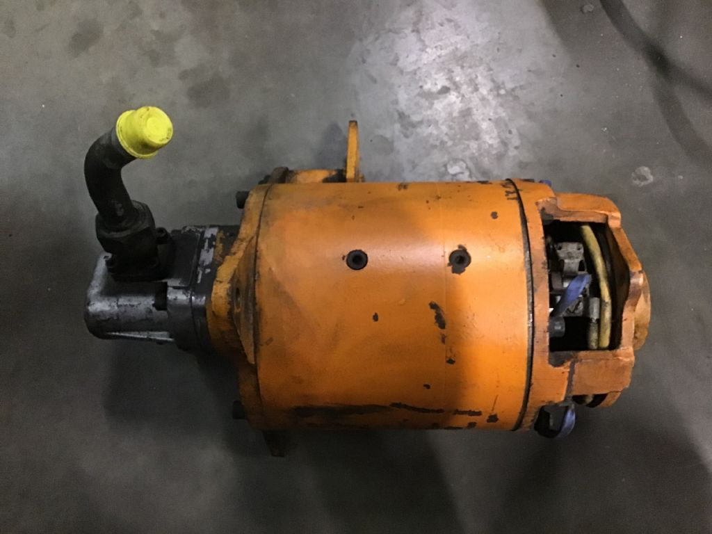Still EFG 1.6 bj1975 Electric motors and spare parts www.wtrading.nl