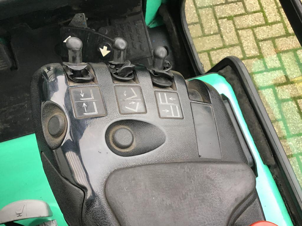 Mitsubishi FB25K-PAC Elektro 4 Rad-Stapler www.wtrading.nl
