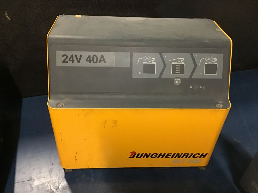Jungheinrich SLT100 Charger www.wtrading.nl