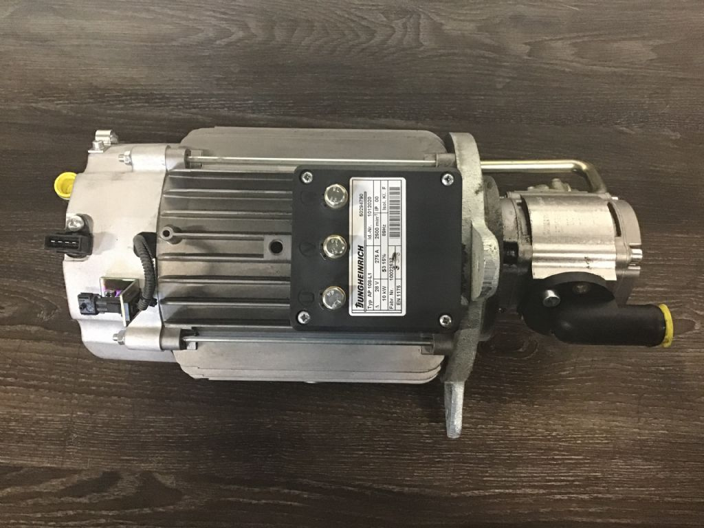 Jungheinrich ETV 216 Electric motors and spare parts www.wtrading.nl