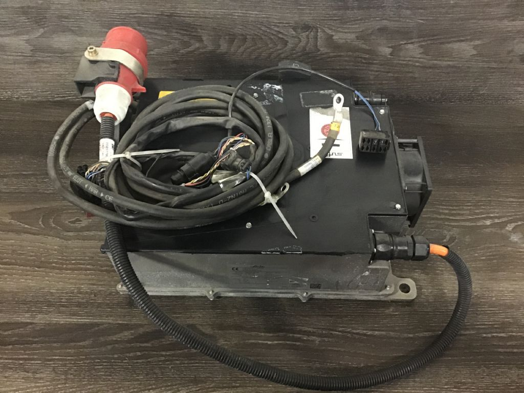 Linde E230G48 Charger www.wtrading.nl