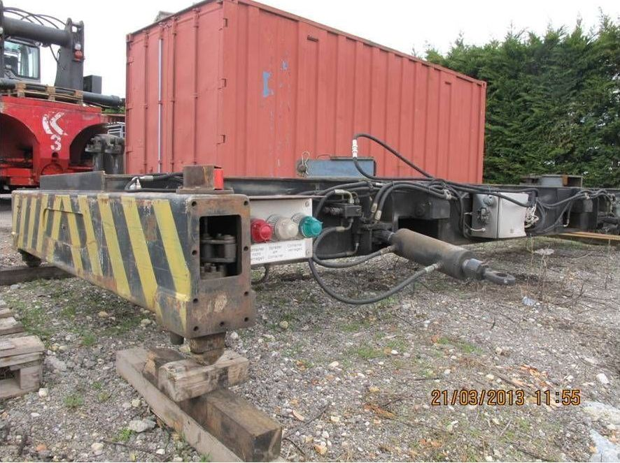 Roncari-SCP300F200 20 Topspreader-20' Top-Spreader www.zeiss-forkliftcenter.at