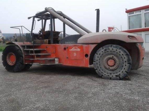 Linde-H420-Dieselstapler-www.zeiss-forkliftcenter.at