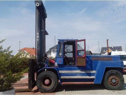 SMV-15-1200-Dieselstapler www.zeiss-forkliftcenter.at