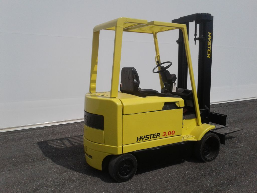 Hyster-E3.20XM-Elektro 4 Rad-Stapler www.zeiss-forkliftcenter.at
