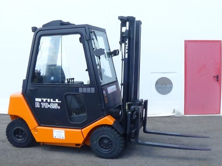 Still-R70-25I-Hybridstapler www.zeiss-forkliftcenter.at