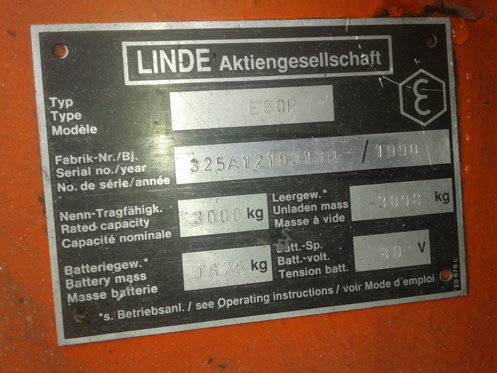 Linde-E30P-Elektro 4 Rad-Stapler www.zeiss-forkliftcenter.at