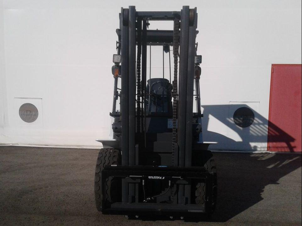 UniCarriers-D1F4A45Q-Dieselstapler www.zeiss-forkliftcenter.at