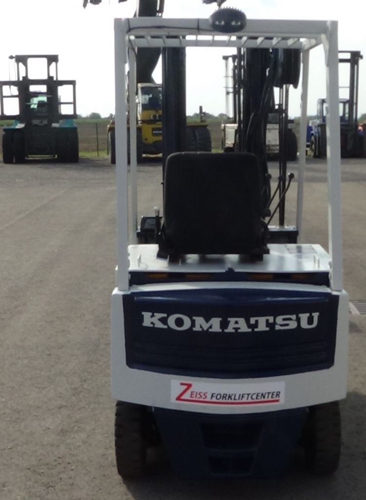 Komatsu-FB15H-5-Elektro 4 Rad-Stapler www.zeiss-forkliftcenter.at