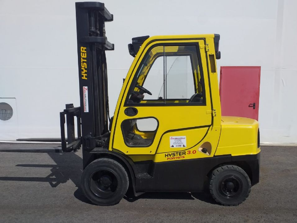 Hyundai-H3.0FT-Dieselstapler www.zeiss-forkliftcenter.at