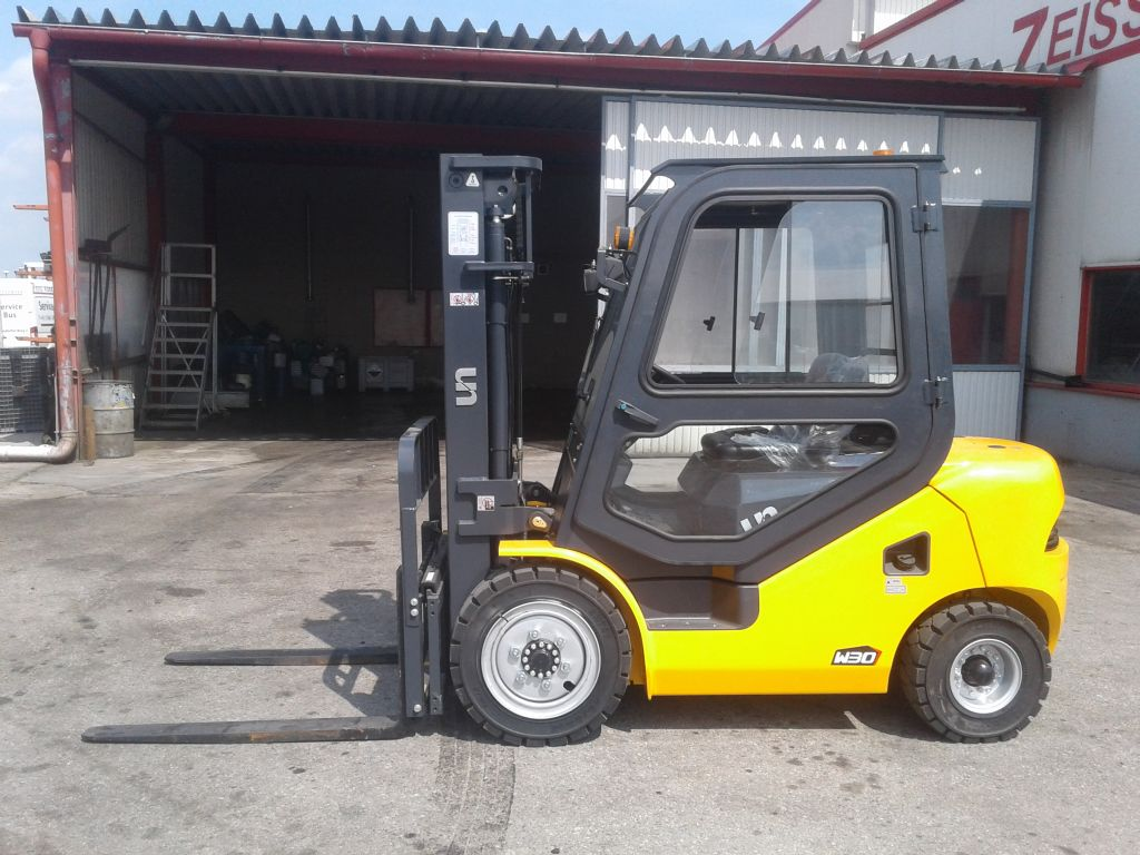 Maximal-FD30T-Dieselstapler www.zeiss-forkliftcenter.at